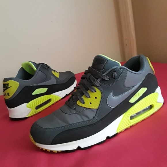 sale retailer 09172 b48b2 Nike Air max 90 Essential Size 11.5